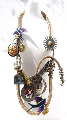 Tota reciclados, Necklace, Blue birds