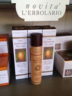 Se il Sole non arriva... Autoabbronzati con Mango e Girasole!!! Buon pomeriggio!!!!! http://www.erbolario.com/prodotti/646_sole_e_aria_aperta_crema_autoabbronzante_viso_e_corpo