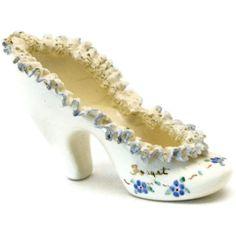 Vintage Porcelain Shoes Ceramic Shoes, Glass Ceramic, Cute Shoes, Me Too Shoes, Paper Shoes, Fenton Glassware, Vintage Shoes, Vintage Room, Glass Shoes