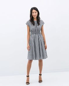 Image 1 of CHECKERED DRESS WITH ELASTIC WAIST from Zara