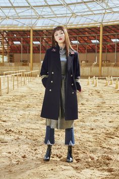 Lee Seong Kyeong for LAP Fall 2016 collection Asian Actors, Korean Actresses, Korean Actors, Actors & Actresses, Kim Bok Joo Lee Sung Kyung, Sung Hyun, Kpop Fashion, Japan Fashion, Lee Sung Kyung Photoshoot