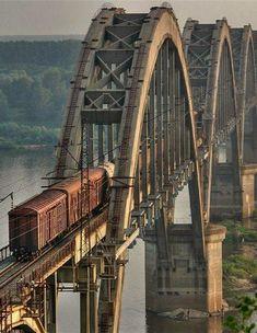 Train Bridge----traveling the rails Locomotive, Magic Places, Old Bridges, Railroad Bridge, Railroad Tracks, Train Times, Old Trains, Train Tracks, Covered Bridges