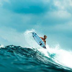 surf girl @walulife