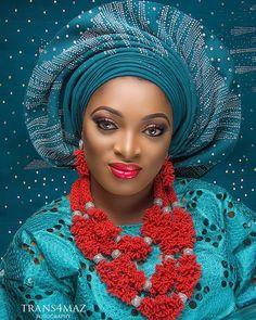 Eyes of an angel.  Transformation makeup by @blushnbrides.  Beads @electrifybeads Asoke @ceomaniaalasooke  Assistant @beingkemmy. #bride #africanbride #nigerianwoman #mua #makeup #engagement #eyes #beautiful #beautifuleyes #lips #skin #beautifulskin #woman #lady #nigerianwedding #wedding #proudlyafrican by trans4mazfotography