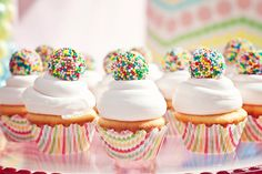 love sprinkle donut holes on top! adorable!