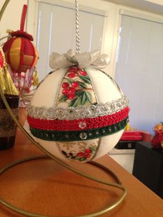 "Christmas patchwork ball (no info)     (I'm not ""user"")"