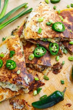 Mongolian Beef Quesadillas - January 27 2019 at - Amazing Ideas - and Inspiration - Yummy Recipes - Paradise - - Vegan Vegetarian And Delicious Nutritious Meals - Weighloss Motivation - Healthy Lifestyle Choices Wrap Recipes, Spicy Recipes, Asian Recipes, Beef Recipes, Mexican Food Recipes, Yummy Recipes, Beef Quesadillas, Quesadilla Recipes, Nachos
