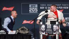 MMA: Mc Gregor sfida Alvarez per fare la storia - http://www.contra-ataque.it/2016/11/11/mcgregor-alvarez-mma-titolo.html