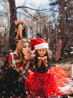 Merry Little Plaid Christmas Mother Daughter Maternity, Mother Daughter Pictures, Mother Daughters, Mommy Daughter Photography, Children Photography, Family Christmas Pictures, Holiday Photos, Christmas Christmas, Xmas Pics