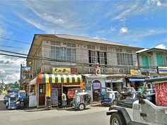 Ancestral Houses in Silang, Cavite. Homes owned and preserved by the same family for several generations as part of the Caviteno's family culture. Consumer Culture, Antique House, Old Houses, Street View, Traditional, Antiques, Homes, Antiquities, Antique