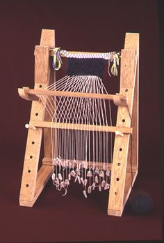 Smith College Museum of Ancient Inventions: The Warp-Weighted Loom