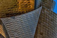Revestimiento de titanio, Museo Guggenheim - Bilbao Julio 2013 / Coating titanium Guggenheim Museum - Bilbao July 2013