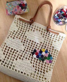Marvelous Crochet A Shell Stitch Purse Bag Ideas. Wonderful Crochet A Shell Stitch Purse Bag Ideas. Filet Crochet, Bag Crochet, Crochet Shell Stitch, Crochet Handbags, Crochet Purses, Crochet Crafts, Crochet Stitches, Crochet Patterns, Macrame Bag