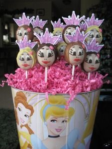 Posts about Princess cake pops written by SweetThingz Cakepops Chocolates, Princess Cake Pops, Cupcakes, Sweet, Desserts, Candy Stations, Princesses, Party, Candy