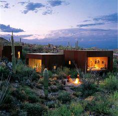 Container-Haus in der Wüste