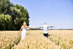 #photographie #photography #couple #love #amour #seance #engagement #nature #exterieur #fun #complice #newwork #france #nord #manon #debeurme #photographe #photographer Manon, Engagement, France, Couple Photos, Couples, Nature, Fun, Love, Photography