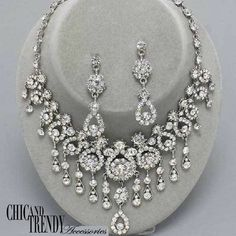 HIGH END CLEAR CHUNKY GLASS CRYSTAL PROM WEDDING FORMAL NECKLACE JEWELRY SET  #Unbranded
