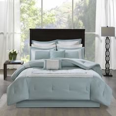 Shop for Madison Park Carlton Aqua 7 Piece Duvet Cover Set. Get free delivery On EVERYTHING* Overstock - Your Online Fashion Bedding Store! Get in rewards with Club O! Ruffle Bedding, Bedding Sets, Aqua Blue, Color Blue, King Comforter, Blue Comforter, Beach Comforter, Floral Comforter, Queen Comforter Sets