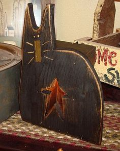 Country Wood Crafts, Primitive Wood Crafts, Barn Wood Crafts, Primitive Fall, Primitive Christmas, Country Primitive, Primitive Furniture, Primitive Painting, Primitive Signs