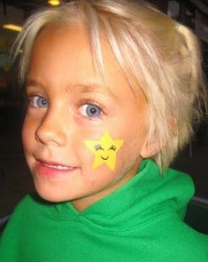 Star cheek art face painting face painting ideas for a kids birthday party Kids Face Painting Easy, Face Painting Colours, Easy Face Painting Designs, Adult Face Painting, Body Painting, Painting Art, Painting Patterns, Easter Face Paint, Tinta Facial