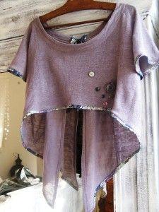 j'aime beaucoup ce blog. c'est en français et à propos de faire de la couture. c'est tellement beau.