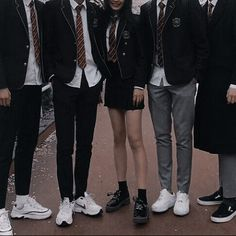 Book Aesthetic, Character Aesthetic, Aesthetic Clothes, Boarding School Aesthetic, Mode Harry Potter, Private School Girl, Look Fashion, Fashion Outfits, School Uniform Outfits