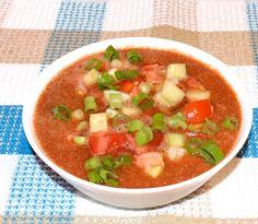 Supa gaspacho de rosii #reteta #supa #gaspacho Soup Recipes, Smoothie, Soups, Salsa, Ethnic Recipes, Food, Salsa Music, Smoothies, Soup