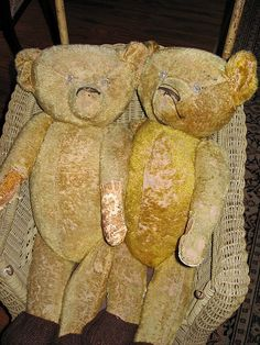 old & worn babies ...sweet Teds ♥