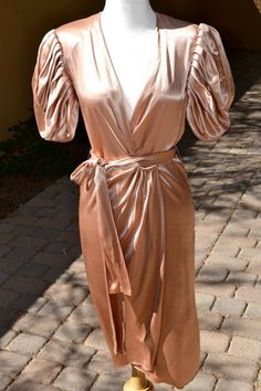 vtg 1950s Beautiful Nude Apricot Satin Wrap by faintofheartvintage, $145.00