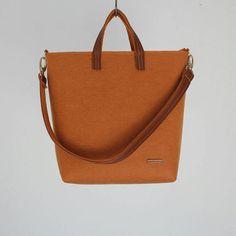 Handmade Apricot Felt Tote Bags - Leather Handle- Removable Shoulder Strap- Felt Shopper - Shoulder Bag - Zipper Bag