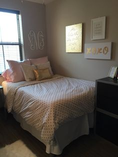 University Of Kentucky Dorm Room With PBteen Sheets! Part 41