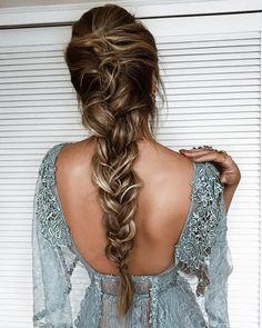 Pronta para ver @marinaruybarbosa casar!!! @jrmendesmake musiando no hair para #MXWEDDING! ❤️ AMEI meu amor! @zuhairmuradofficial #braids #thassiastyle #hairgoals