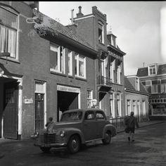 achter de grote kerk 1957 Historisch Centrum Leeuwarden - Beeldbank Leeuwarden