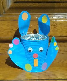 ✔ Are you looking for fun, easy spring crafts to do with your preschoolers kids or toddlers? Then you're in the right place. These crafts are perfect to encourage developing motor skills, and they make for pretty decorations around the house. Easter Activities, Craft Activities, Spring Crafts For Kids, Diy For Kids, Valentines Gifts For Boyfriend, Valentine Gifts, Fabric Crafts, Diy Crafts, Easter Presents