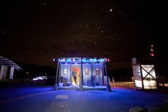 A Glow in the West Texas Desert - The New York Times