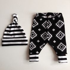 Black and White Tribal/Newborn Outfit/Bring Home Outfit
