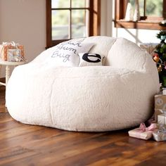 Beautiful Ivory Sherpa Faux Fur Cloud Couch (55u0026quot;)