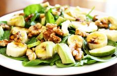 Sweet banana slices, creamy avocado and crunchy walnuts served on a bed of fresh greens and drizzled with an easy-to-make balsamic vinaigrette. A salad that is Cilantro, Queso Feta, Curry, Walnut Salad, Banana Slice, Baby Spinach, Fresh Green, Potato Salad, Avocado