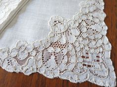 """BEAUTIFUL 6 Vintage FRENCH ALENCON LACE Napkins Hemstitched Linen 16"""" ~Clean~ 