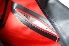 Leather bag Acoustics / 2012 photo Liis Kippar