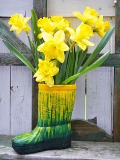 Daffodil, Geranium and Pansy Inspirations