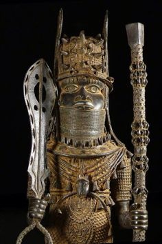 Beautifully realized bronze out of Benin.