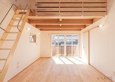 木の香りに包まれる小さな離れ | 施工作品 | U-TASTE 梅村工務店 Garage Doors, Loft, Outdoor Decor, Furniture, Home Decor, Decoration Home, Room Decor, Lofts, Home Furnishings