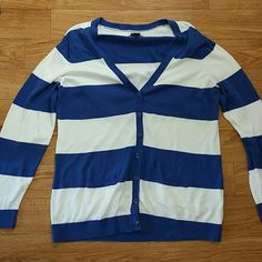 Tommy Hilfiger nautical cardigan Great condition, no flaws. Perfect for spring and summer. Tommy Hilfiger Sweaters Cardigans