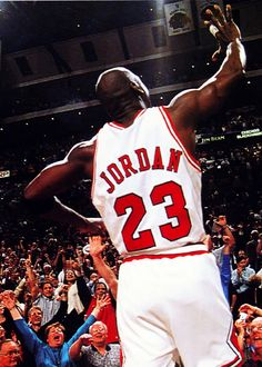Michael Jordan, the best ever. Jordan 23, Michael Jordan Basketball, Jordan Bulls, Basketball Is Life, Basketball Legends, Basketball Players, Shooting Guard, Nba Stars, Sports Stars
