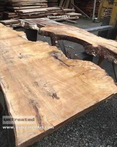 Diy Resin Wood Table, Epoxy Resin Table, Diy Resin Art, Diy Resin Crafts, Wood Table Design, Wood Shop Projects, Resin Furniture, Decoration, Daily Inspiration