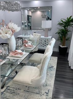 Table Decor Living Room, Glam Living Room, Dining Room Design, Home Decor Bedroom, Living Room Inspiration, Home Decor Inspiration, Home Decor Styles, Rooms, Interior Design