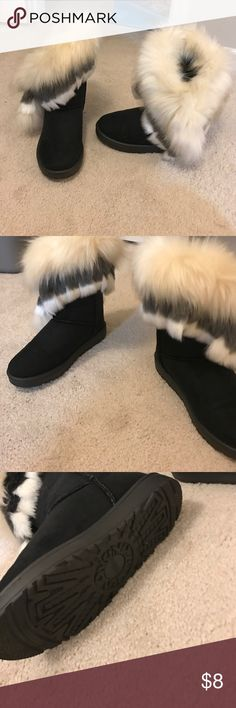Casual cute boots with fur! Casual cute boots with fur! Size 6.5 Shoes Moccasins