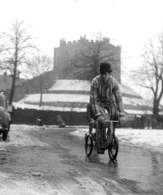 Durham University, im glad to see we students are still as quirky as we were way back when! Durham University, Bobs, This Is Us, Students, Memories, Photography, Memoirs, Souvenirs, Photograph