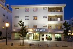 Hotel Cruz Alta Fatima Hotel Cruz Alta is a small, friendly hotel just metres from the Sanctuary of Fatima, in front of the Holy Trinity Church.  All the rooms of the Cruz Alta Hotel are equipped with air conditioning, Wi-Fi and satellite TV.